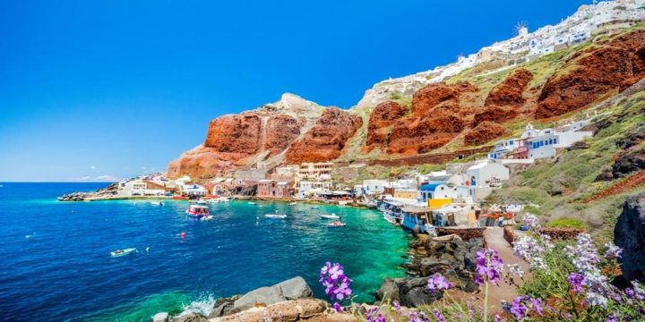 The 6 Best Beaches in Santorini